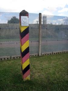 DDR Border Marker & Fence